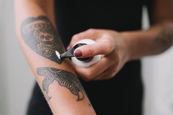 Как-ухаживать-за-новой-татуировкой-1