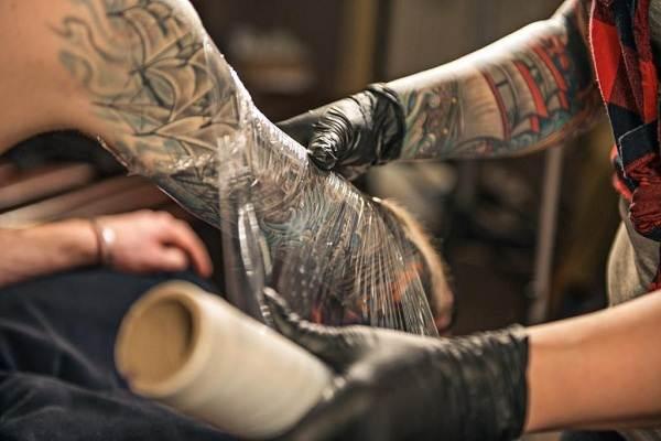 Как-ухаживать-за-новой-татуировкой-2